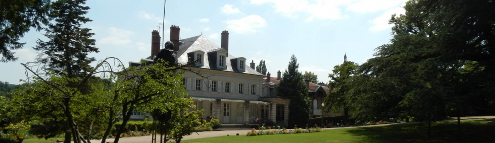 http://www.villerslesnancy.fr/globalflexit/images/UserFiles/Image/00site/980_284_7_chateau-mmedegraff.jpg